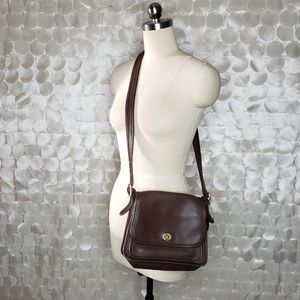 Vintage Brown Leather Coach Crossbody bag